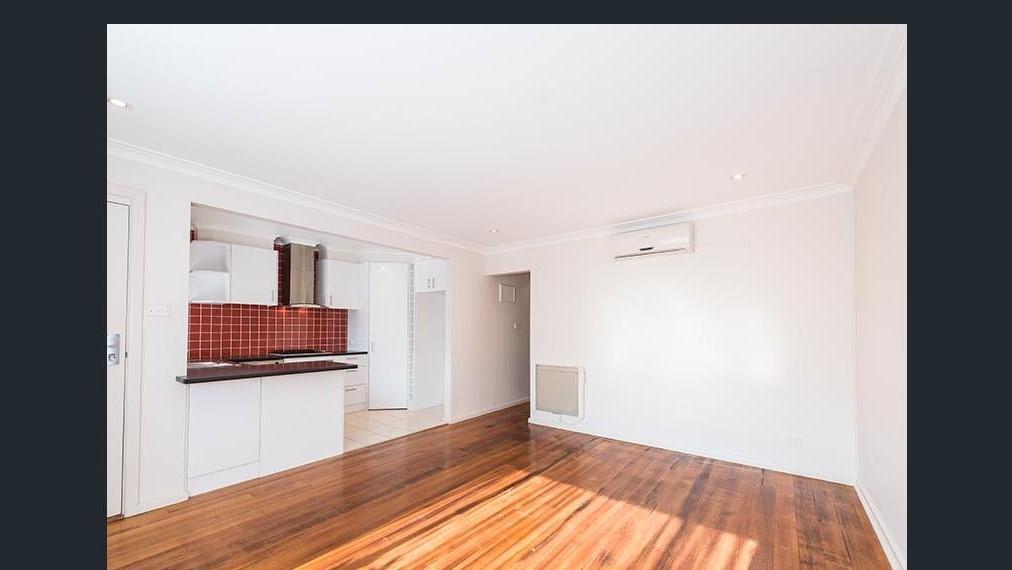 Great location, Spacious 1-bedroom rear unit